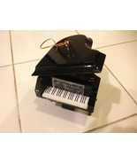 "BLACK GRAND PIANO MUSICAL INSTRUMENT ORNAMENT NEW 2.75"" - $13.81"