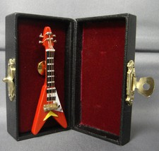RED FLYING V ELECTRIC GUITAR TIE TACK LAPEL PIN - $11.71