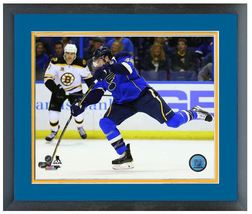 David Backes 2013-14 St. Louis Blues - 11 x 14 Matted/Framed Photo - $43.55
