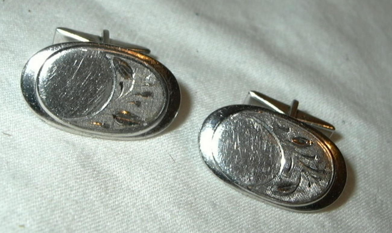 jc74 Silver Toned Engraveable Oval Cufflinks Etched engraved Sprig Leaf branch