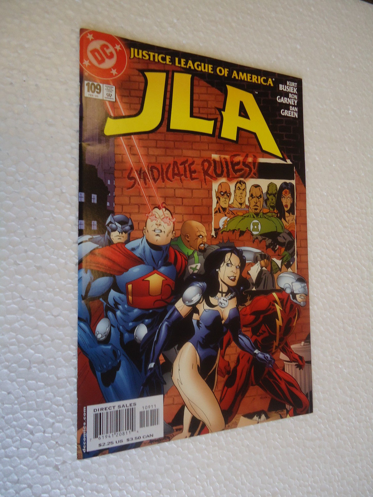 Primary image for JLA # 109 NM 2005  DC Comics SYNDICATE RULES!JLA # 109 NM 2005   DC Comics