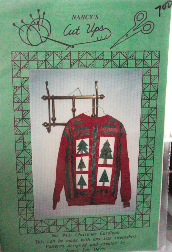 Pattern: Christmas Cardigan made from Sweatshirt
