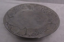 "Wilton mont Silver Plate Oval Shape Fruit Designs USA 14.75"" Across - $34.63"