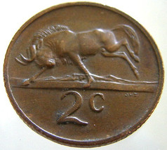 Vintage Over 35 Years Old 1976 SOUTH AFRICA Wildebeest 2 Cents bronze Coin - $9.99