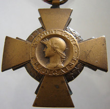 1930 FRANCE CROSS MEDAL French decoration of the Combatant Commemorative... - $49.99