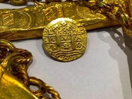PERU 1720/19 8 ESCUDOS RAW PIRATE GOLD COINS TREASURE PENDANT NECKLACE J... - $7,950.00