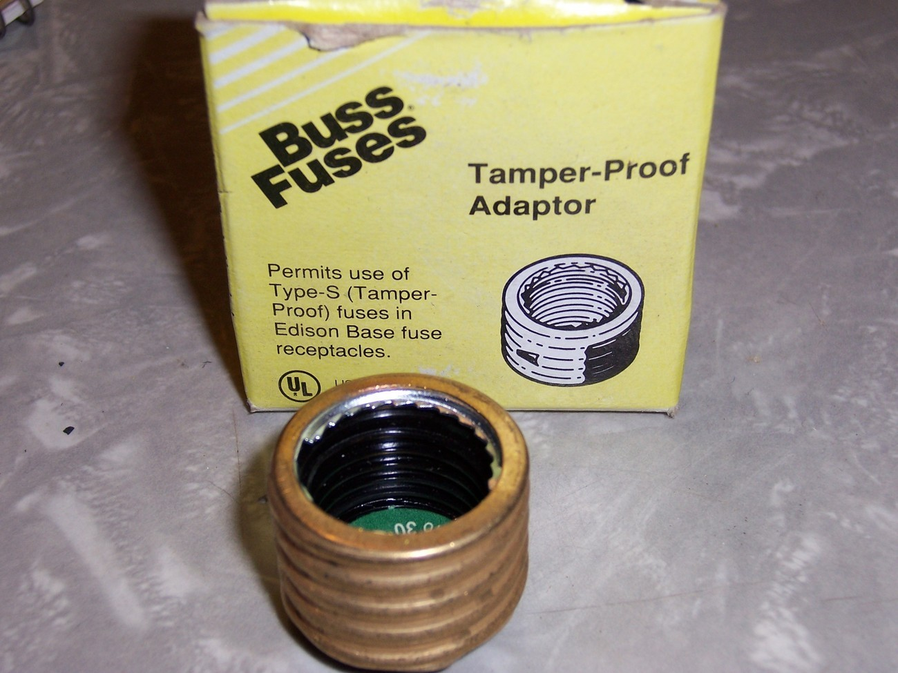 Buss Fustat Tamper-Proof Adapter Rejection Base Adapter15 amp SA-15