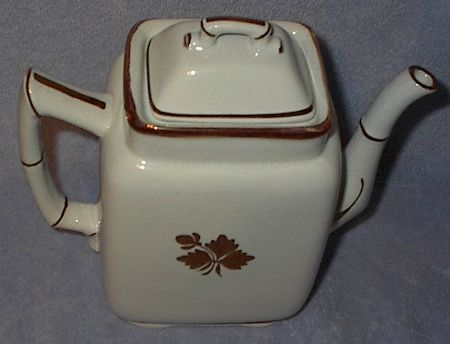 Vintage Royal Ironstone Alfred Meakin Tea Leaf Tea Pot Teapot