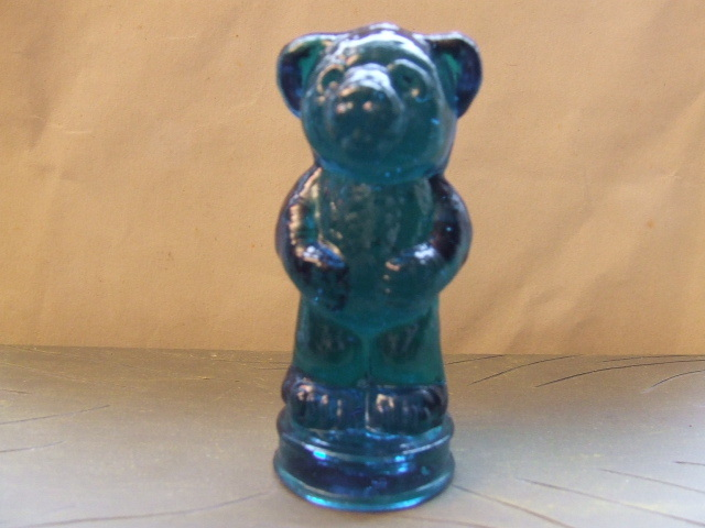 Boyd Crystal Art Glass Andy Bear Figurine New