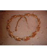 Coro Gold Tone Leaf Necklace Vintage Jewelry - $14.99