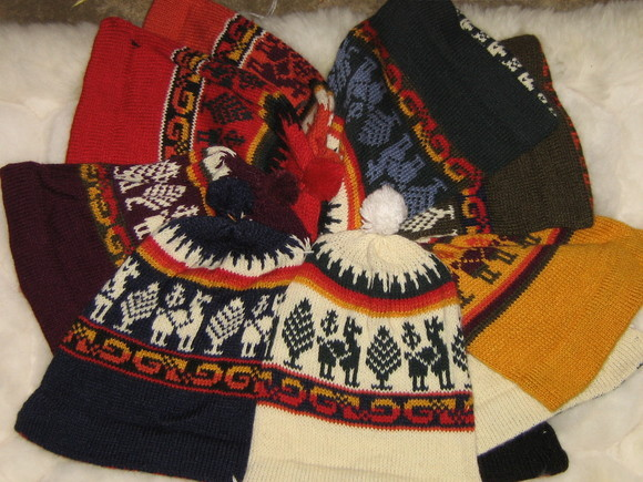 Lot of 25 Alpaca woolen hats, wholesale