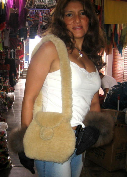 Pelt handbag, Bag made with merino sheep Pelt