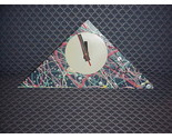 Clo  design clock  qw98 triangle multi thumb155 crop
