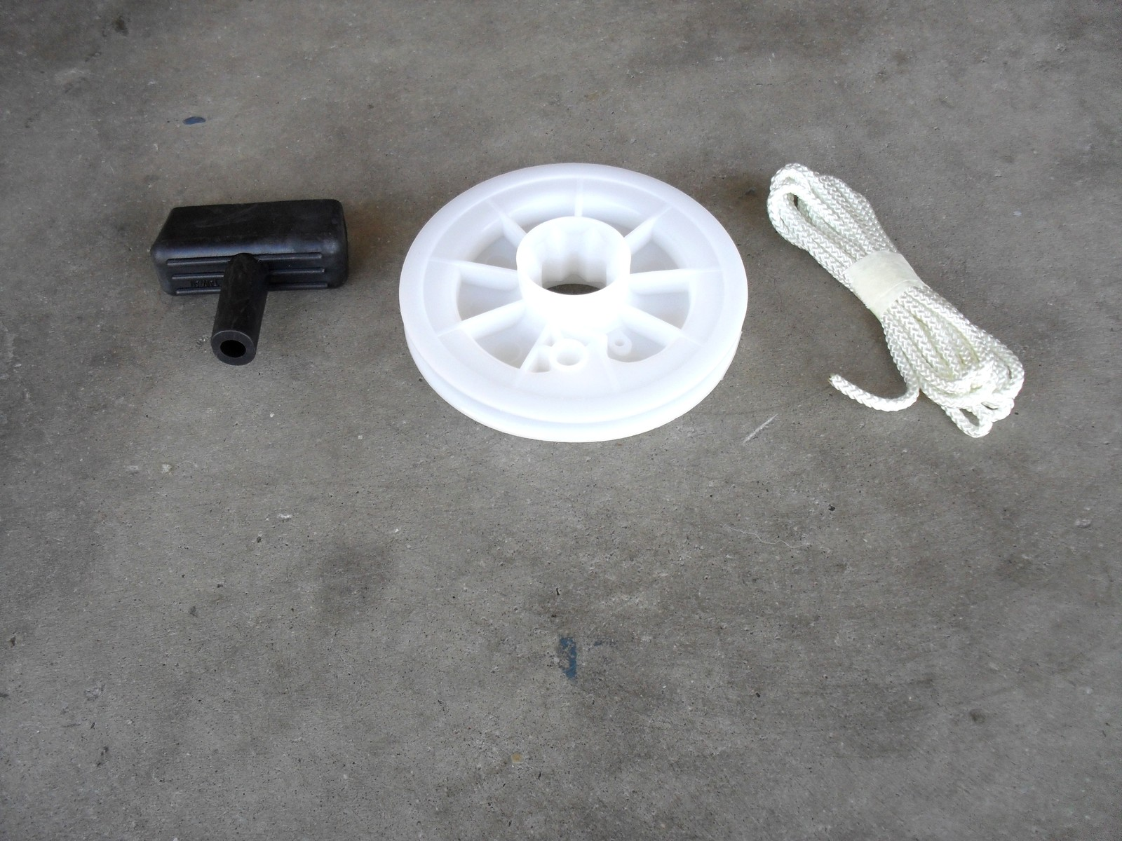 Starter pulley with rope and handle for Briggs and Stratton, Mclane, Craftsman