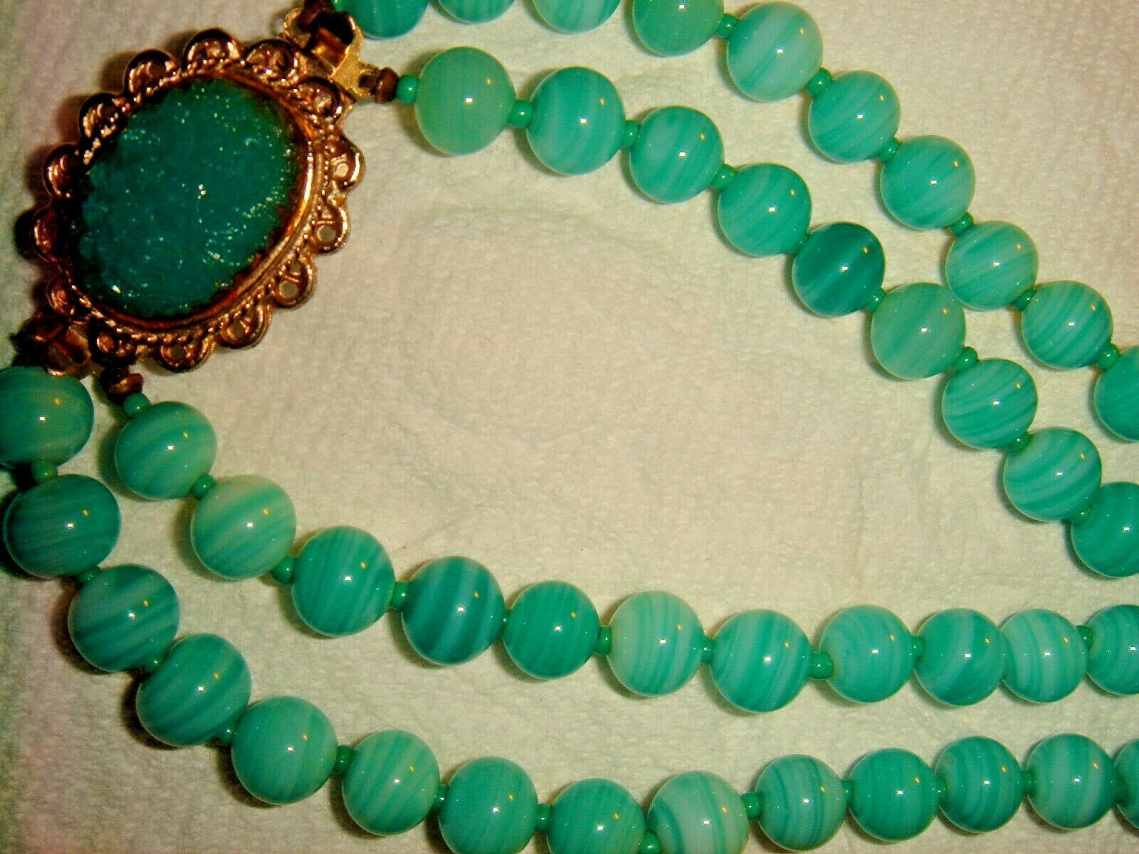 "1950'S KNOTTED 20"" 22"" JADEITE GLASS EASTER EGG PENDANT NECKLACE FANCY CLASP SET"