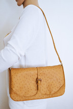 Free Shipping XOXO New York Faux Ostrich Leather Purse Tan Clean Shoulde... - $28.00