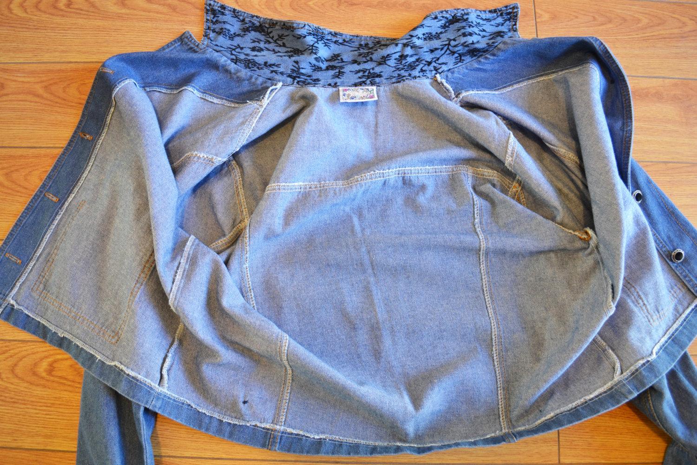 Free Shipping Denim Embroidered Jacket Size Medium