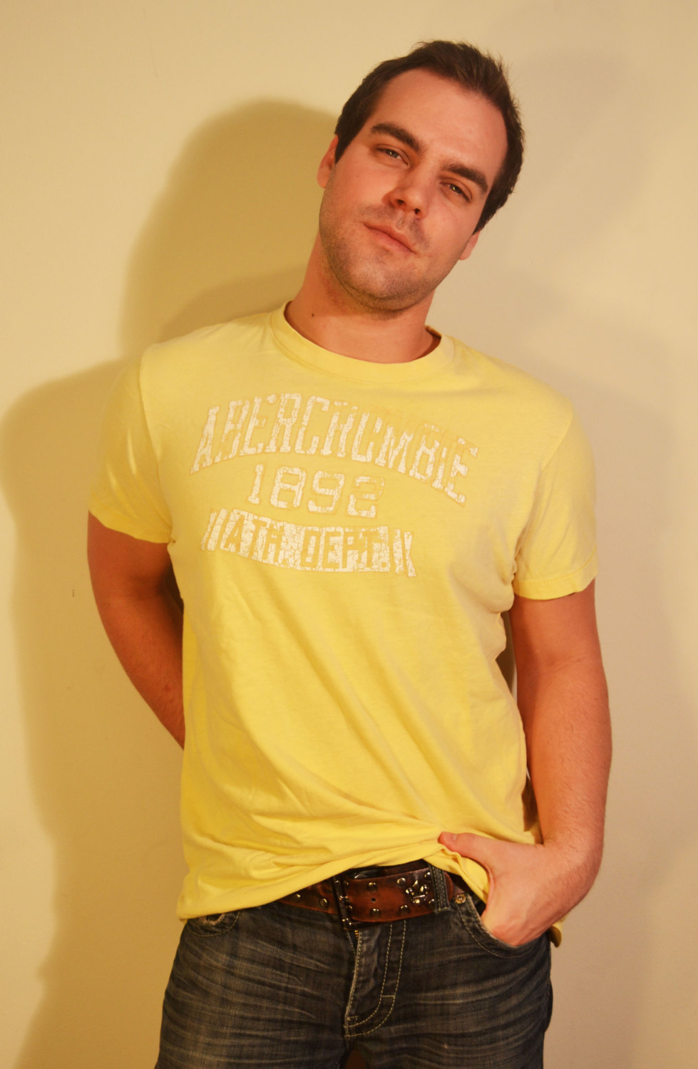 Abercrombie and Fitch Yellow T-Shirt White Shirt XL Cotton