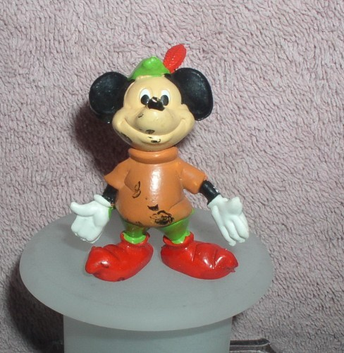 Disney Mickey Mouse The Brave Little Taylor Walt Disney Productons  PVC Figurine
