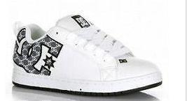 Mens Dc Court Graffik Se Skateboarding Shoes/Sneakers White/Battleship New $75 - $49.99