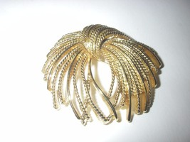 Vintage Monet signed large  gold toned open wired design bow? Brooch /Pin - $16.99
