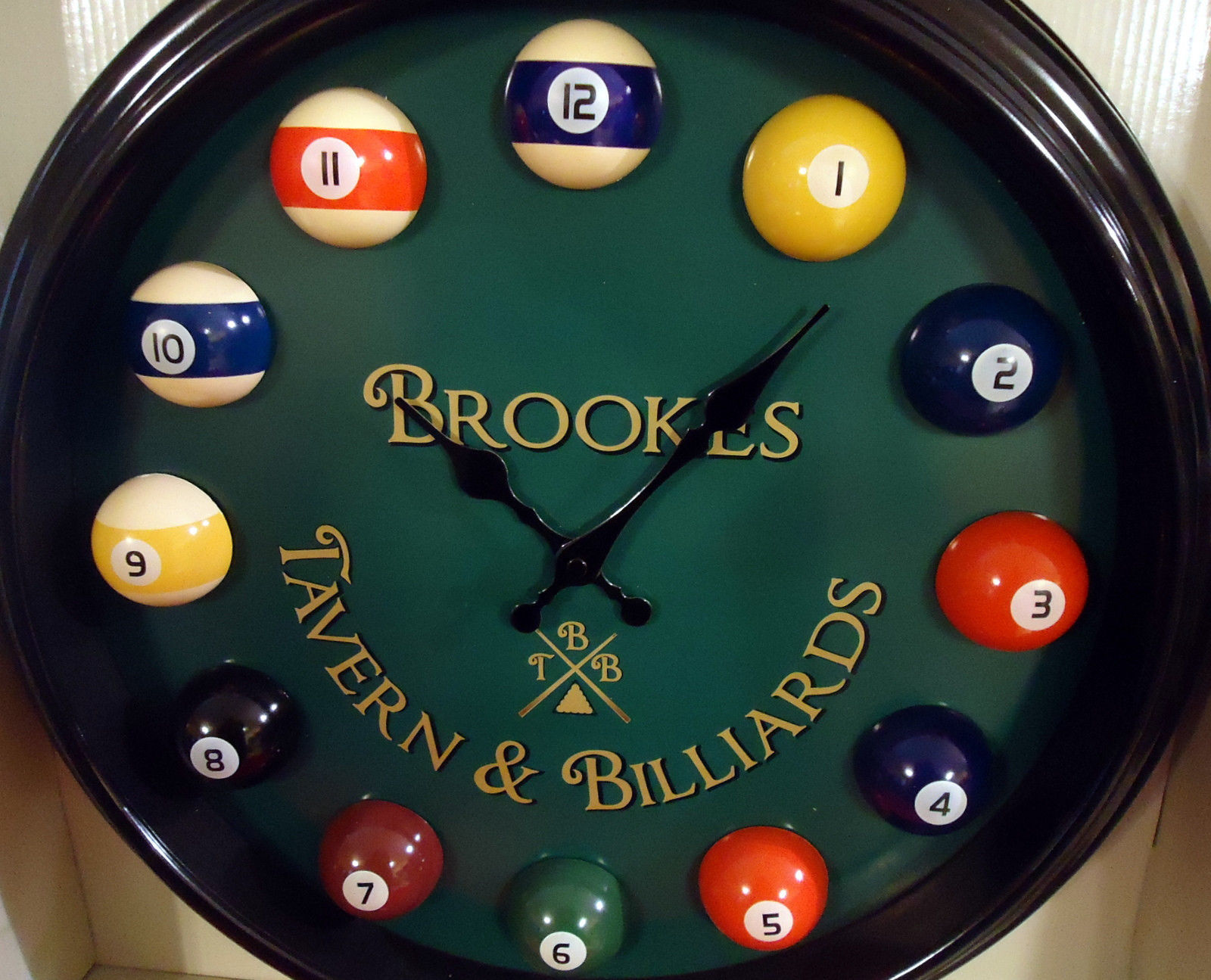 Brookes Amp Co Large Pool Ball Clock Measures 17 5 Quot Wall