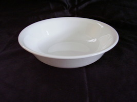 Corelle White Berry Fruit Bowl Dish - $2.00