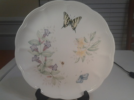 "Lenox Butterfly Meadow, Swallowtail, Dinner Plate 10.75"" Diam., NWT - $5.95"