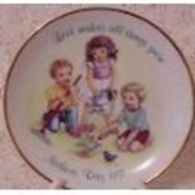 Avon Mother's Day 1991 Collector Plate - Love Makes All Things Grow - $14.99