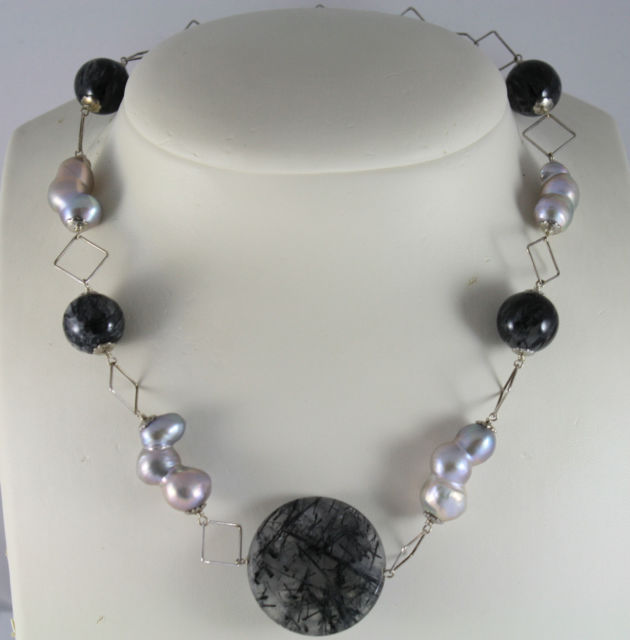 925 Silver Necklace with Grey Quartz Spheres and three Gray Pearls joined
