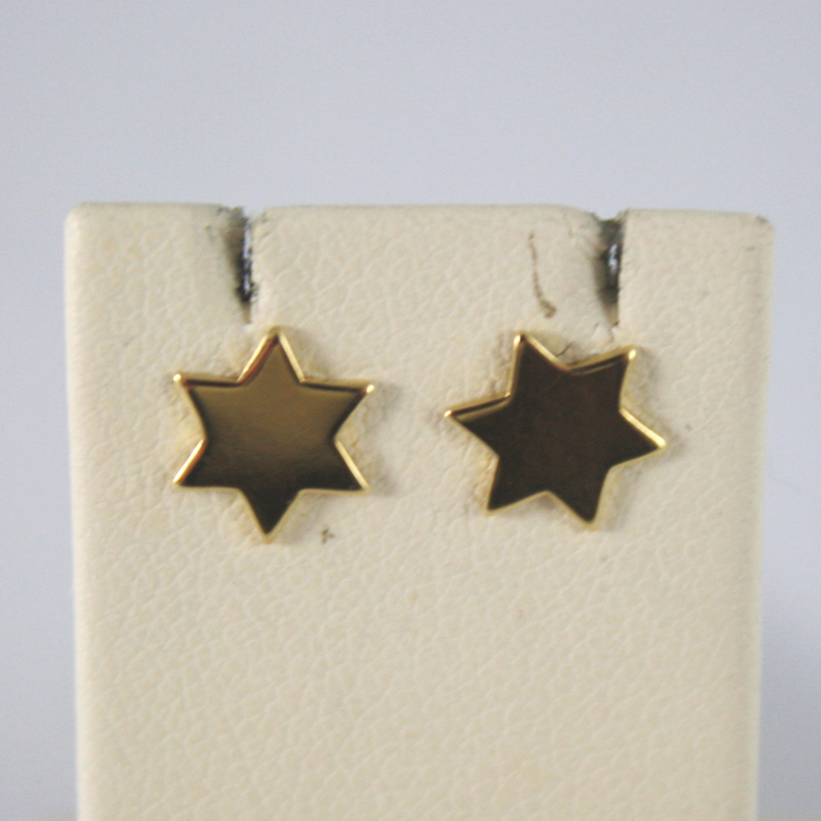 SOLID 18KT.YELLOW GOLD EARRINGS, WITH FLAT STARS, WIDTH 0,28 IN MADE IN ITALY.