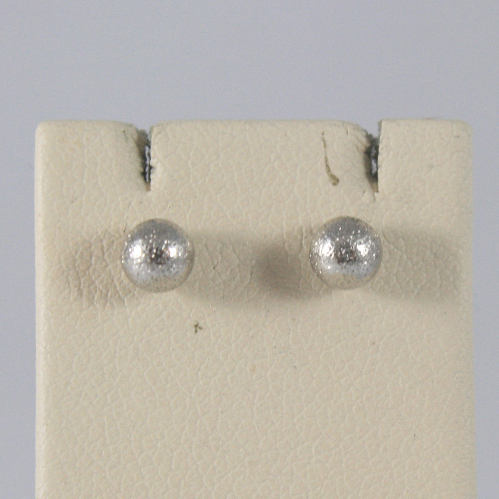 SOLID 18KT.WHITE GOLD EARRINGS, WITH SATIN SPHERES, WIDTH 0,16 IN MADE IN ITALY.