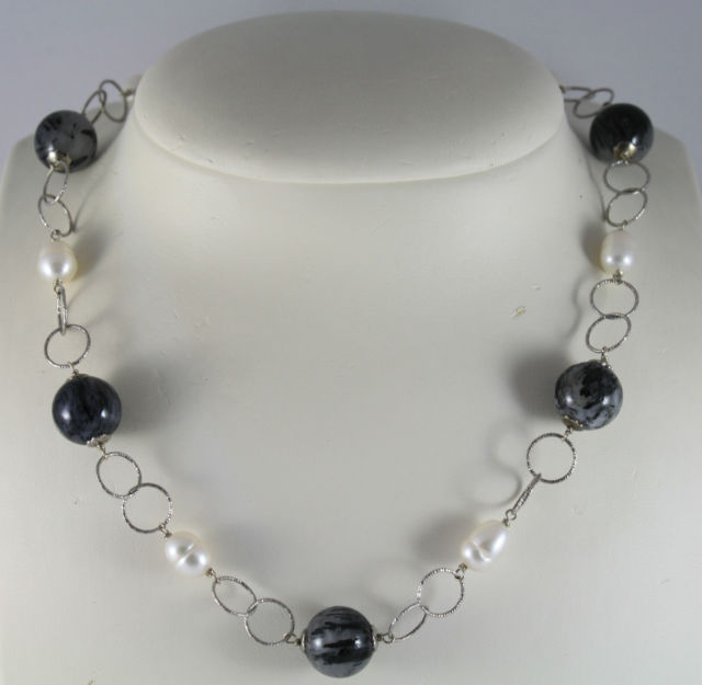 925 Silver Necklace with Grey Quartz Spheres and oval white pearls