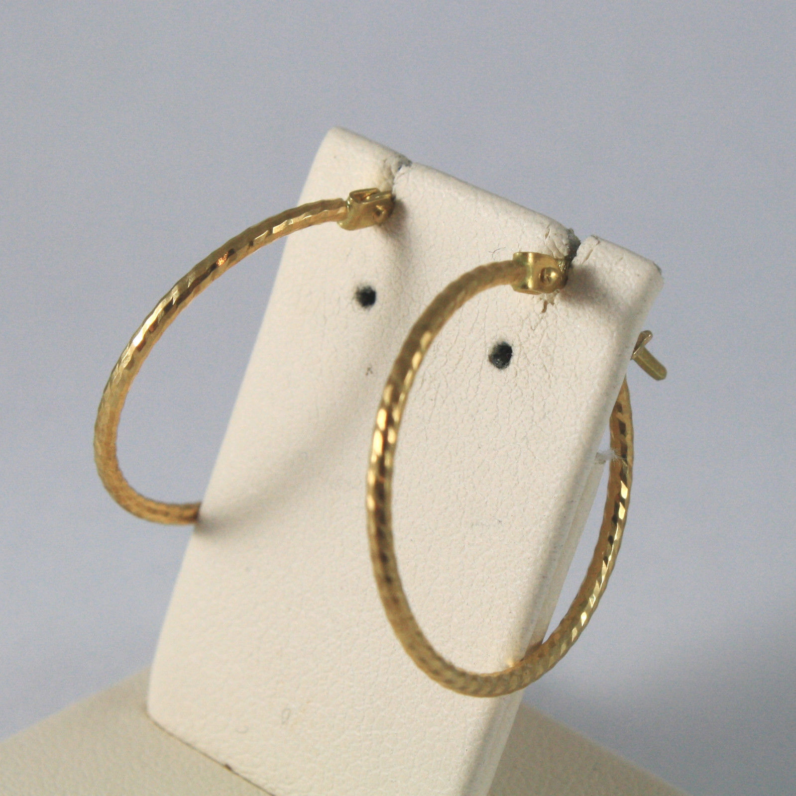 SOLID 18KT. YELLOW GOLD CIRCLE, WORKED EARRINGS, DIAMETER 0,91 IN,MADE IN ITALY.
