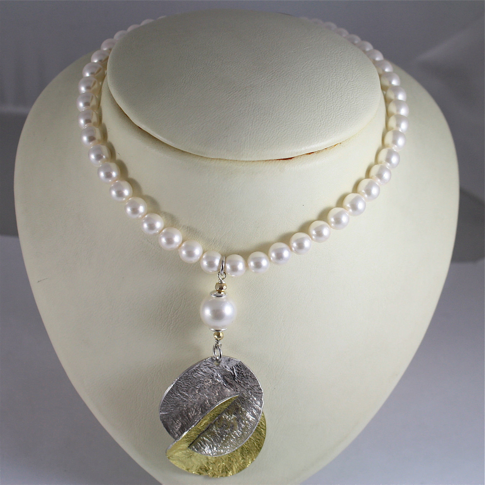 REBUILT PEARLS NECKLACE, .925 RHODIUM SILVER, GOLD PLATED, HAMMER TREATEMENT.