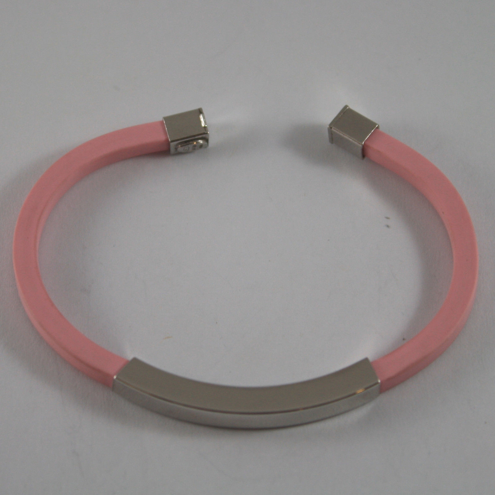 .925 RHODIUM SILVER RIGID BRACELET WITH PINK RUBBER AND PLATE
