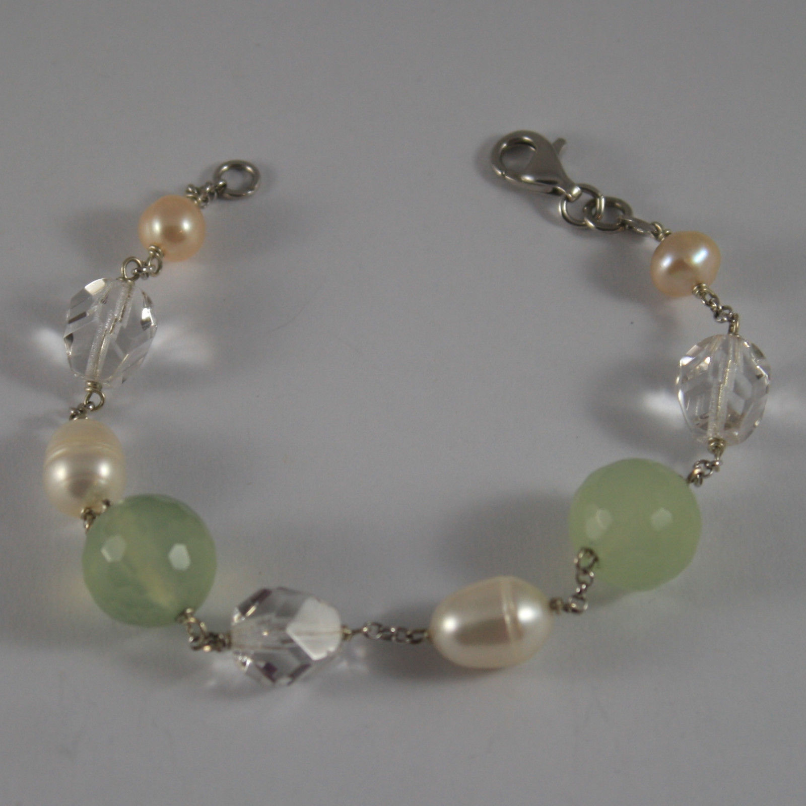 .925 RHODIUM SILVER BRACELET WITH GREEN JADE, CRYSTALS AND PEARLS