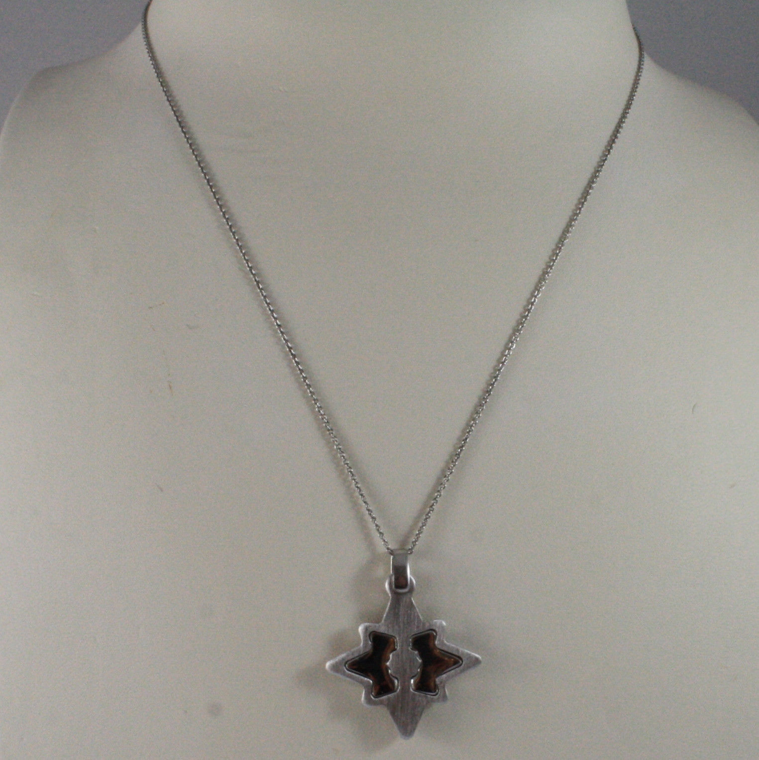 .925 SILVER RHODIUM NECKLACE WITH GLOSSY AND SATIN PENDANT.
