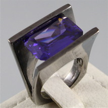 925 BURNISHED SILVER RING, PURPLE CRISTAL, EMERALD CUT