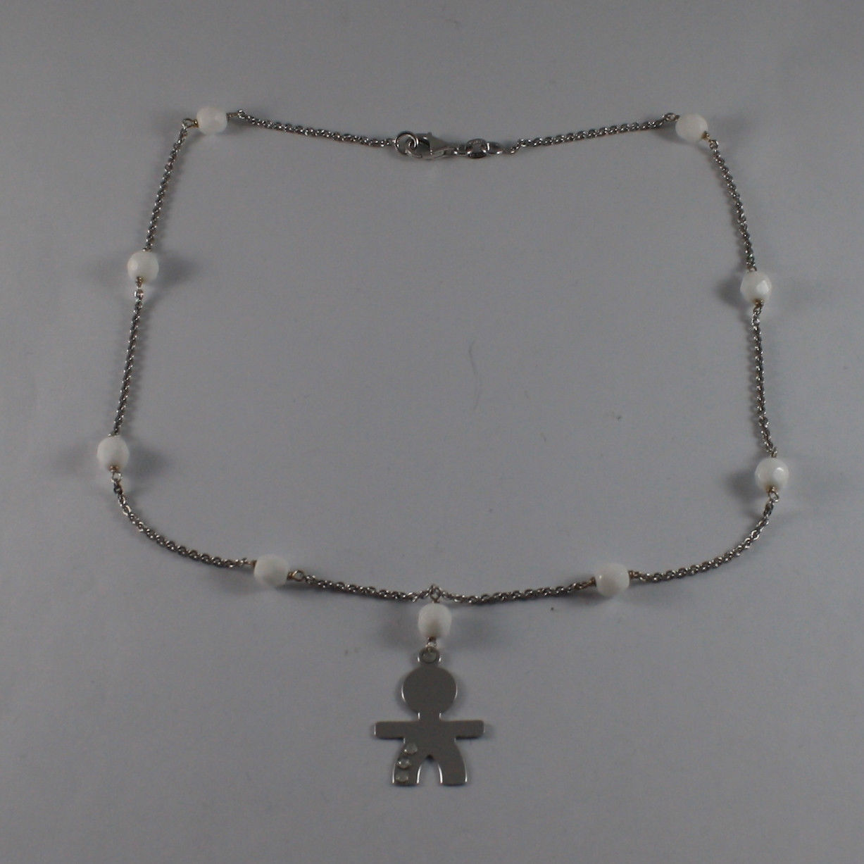 .925 SILVER RHODIUM NECKLACE WITH WHITE AGATE AND LITTLE BOY WITH 3 CRYSTALS