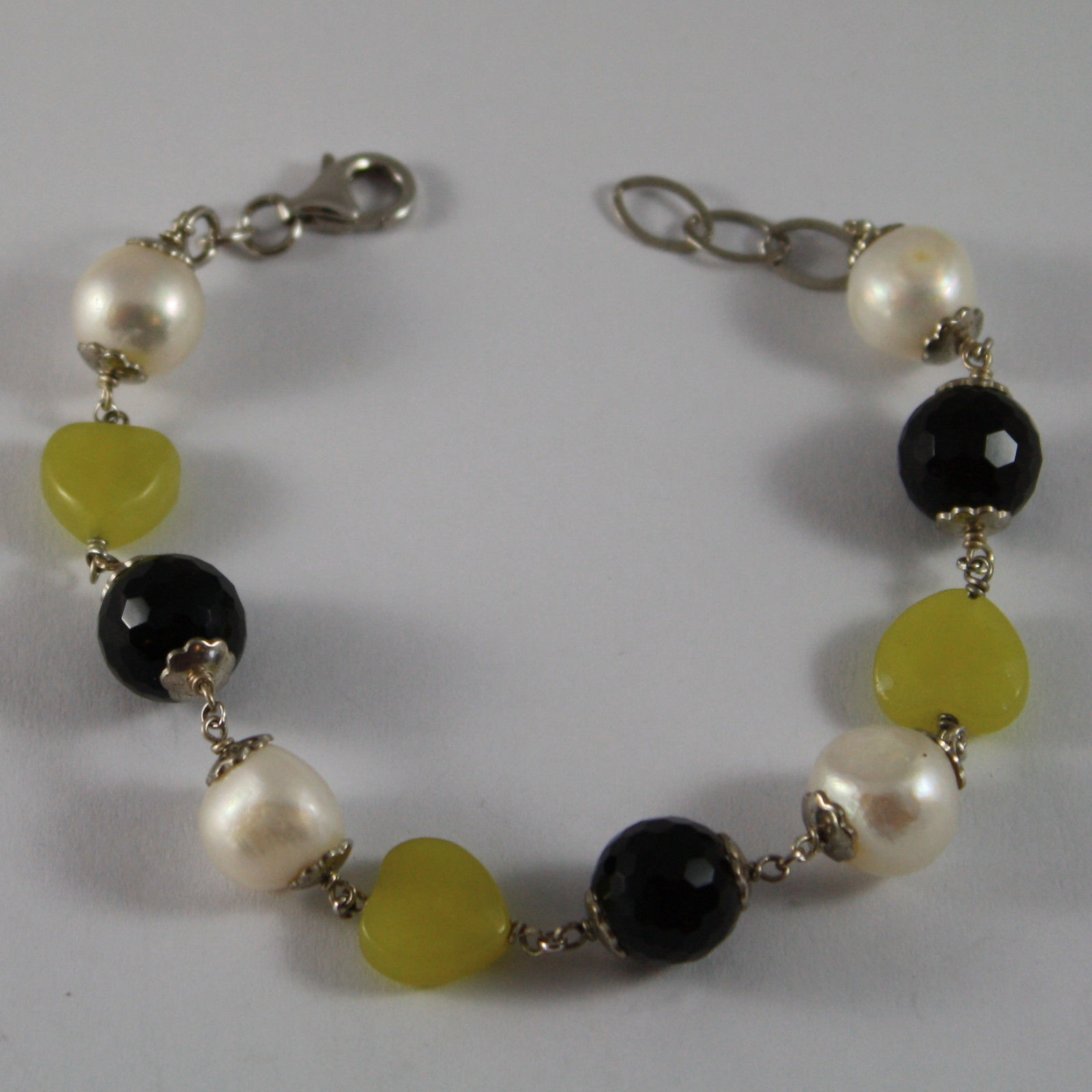 .925 RHODIUM SILVER BRACELET WITH BLACK ONYX, WHITE PEARLS AND GREEN JASPER