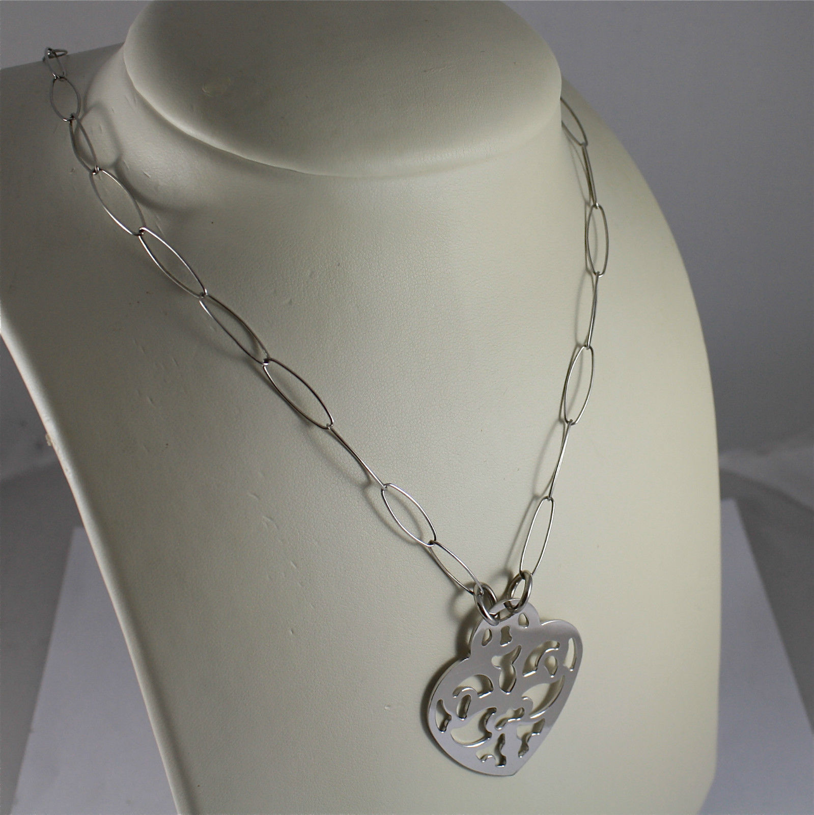 .925 RHODIUM SILVER NECKLACE, OVAL MESH, WORKED LACE HEART, TRIBAL STYLE.