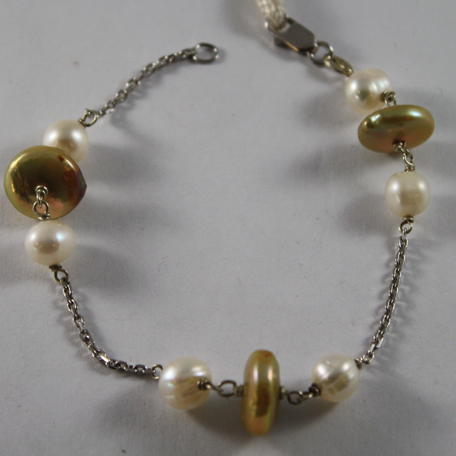 .925 RHODIUM SILVER BRACELET WITH GOLDEN PEARLS FLAT AND WHITE PEARLS