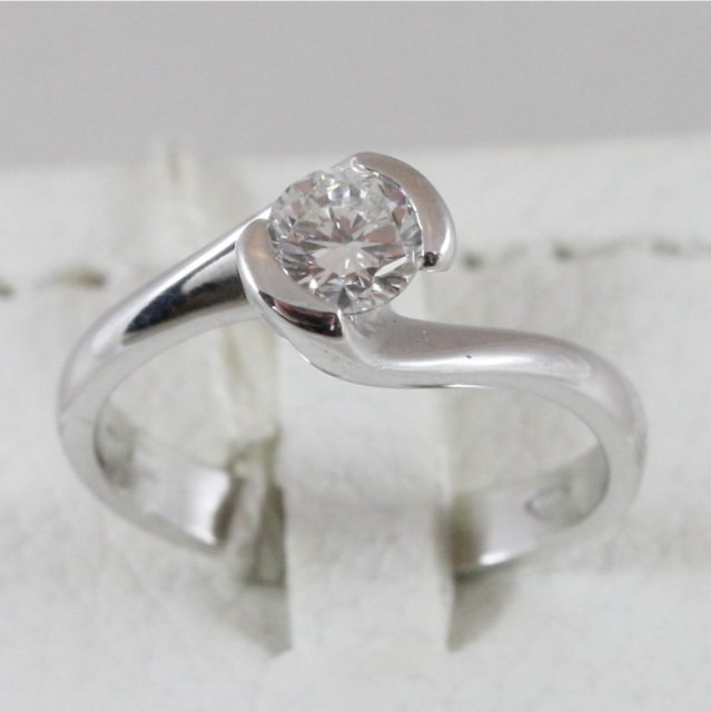 18K 750 WHITE GOLD SOLITAIRE RING WITH DIAMOND CT 0.42 COLOR H VVS MADE IN ITALY