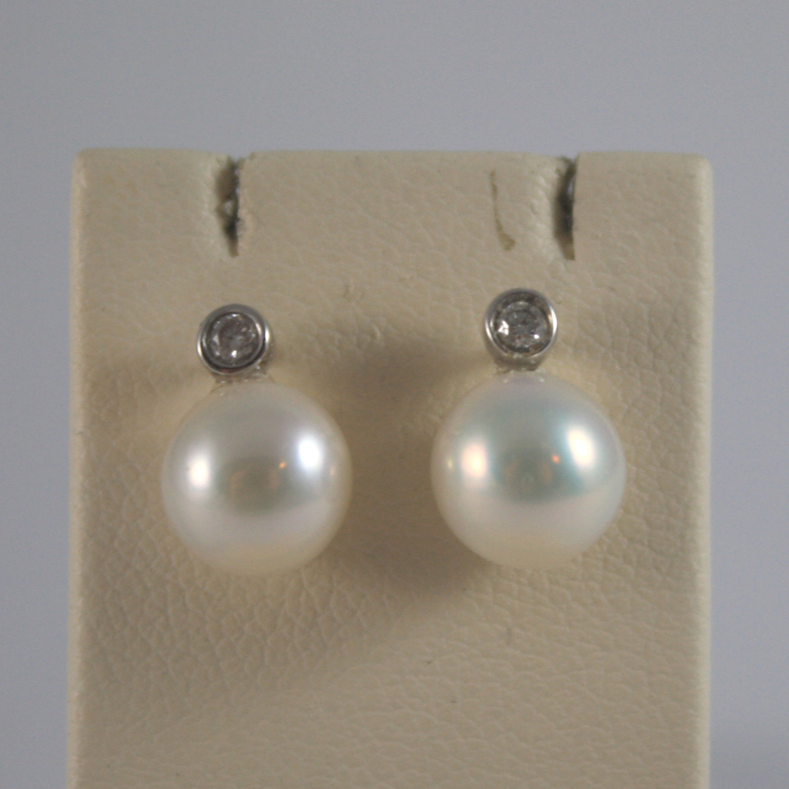 SOLID 18K WHITE GOLD EARRINGS, WITH WHITE PEARLS AND DIAMONDS 0,05 CARATS