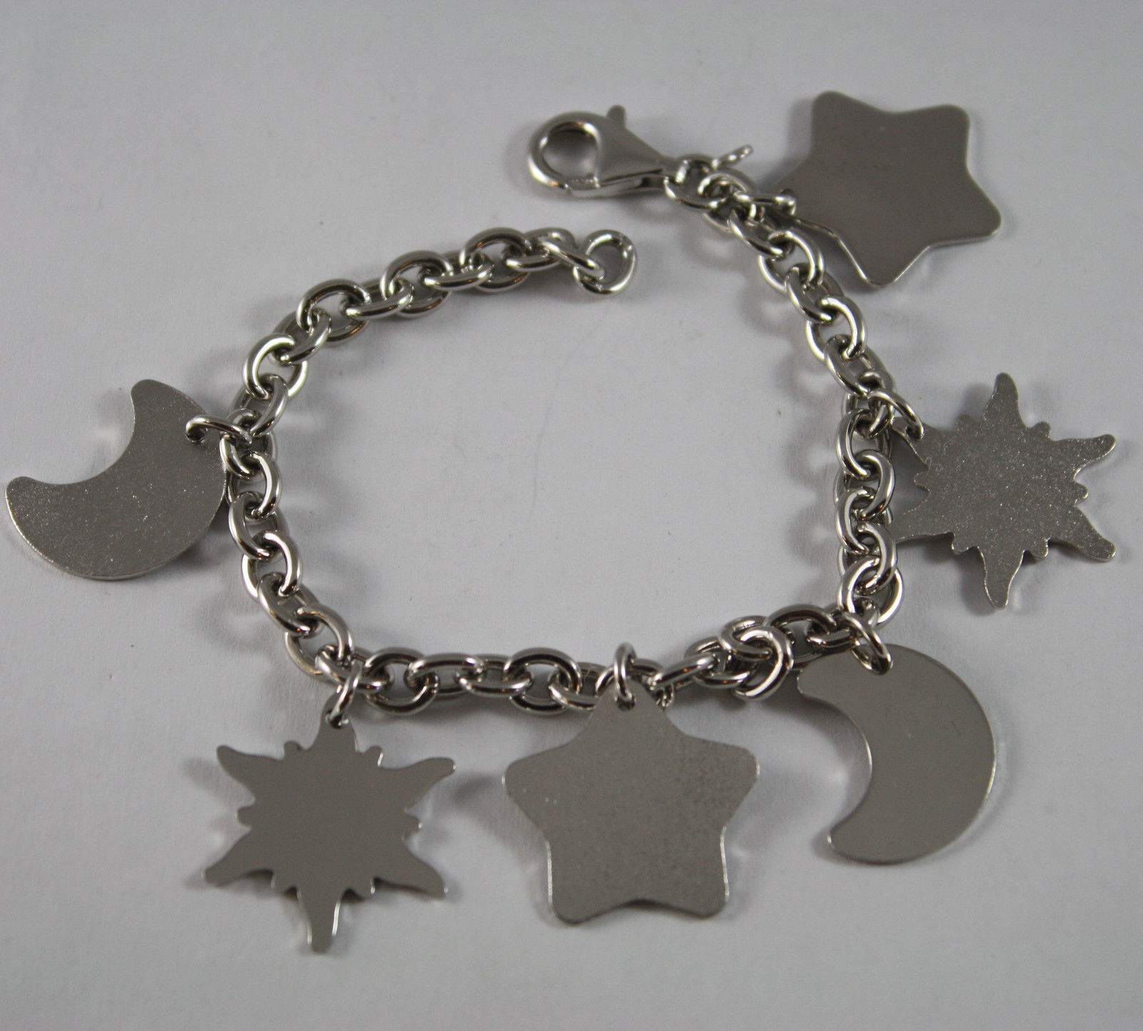 .925 RHODIUM SILVER BRACELET WITH SATIN AND GLOSSY CHARMS
