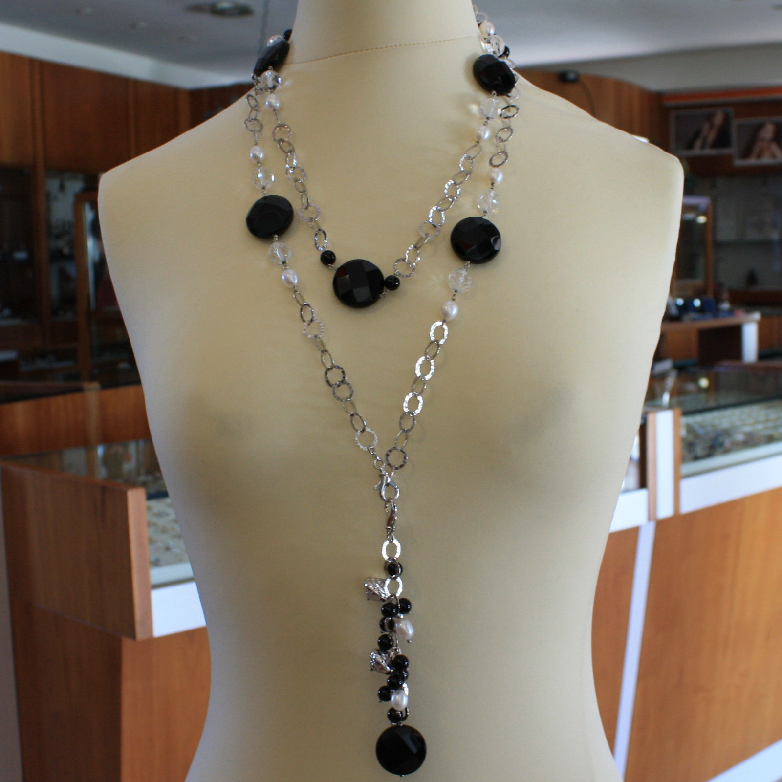 .925 SILVER RHODIUM NECKLACE WITH BLACK ONYX, WHITE PEARLS, CRYSTALS AND AGATE