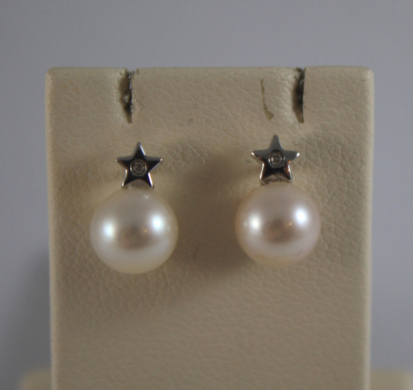 SOLID 18K WHITE GOLD EARRINGS, WITH WHITE PEARLS AND DIAMONDS 0,02 CT.