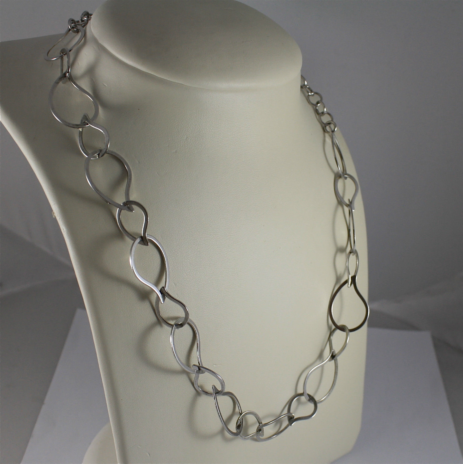 .925 RHODIUM SILVER NECKLACE, STYLIZED DROP MESH, ADJUSTABLE.