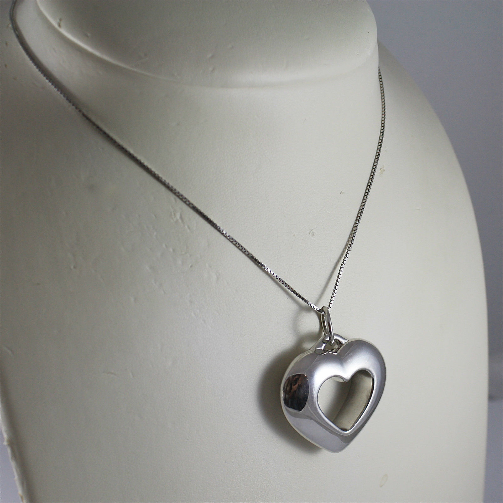 .925 RHODIUM SILVER NECKLACE, HEART PENDANT.